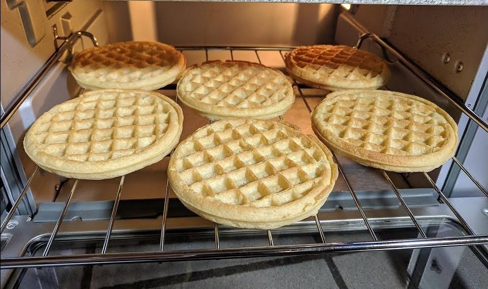 cuisinart toa-65 waffles